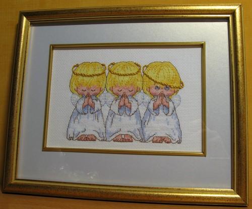 Многие вышивки в галерее у вышивальщиц неслучайны, поскольку были вышиты под влиянием какой-либо приметы...