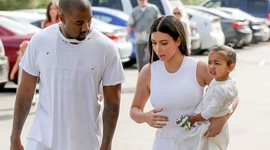 Они сделали ЭК/ТО: Ким Кардашьян о сложностях «суррогатного родительства»