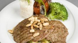 Радикальная смена диеты помогла вегетарианке забеременеть