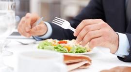 Как может повлиять на мужскую фертильность любовь к мясу и рыбе