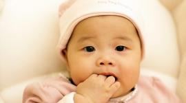 Китаянка после ЭКО родила в 64 года