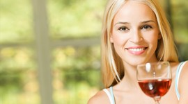 Красное вино повышает шансы на беременность