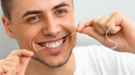 Чистыми зубами мужчины могут «убить» сперматозоиды