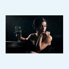 Бокал вина может привести женщину к бесплодию