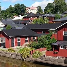 В Финляндии приняли поправки к закону о материнстве
