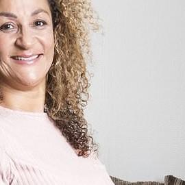 50-летняя британка родила четверню