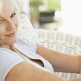 Растет ли возраст наступления менопаузы у женщин?