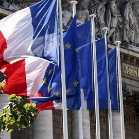 Во Франции одобрен законопроект об ЭКО