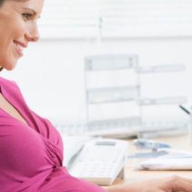 Почему будущей матери может быть необходима смена работы