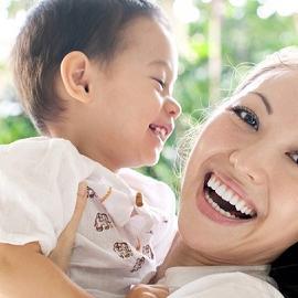 Японцы повышают рождаемость с помощью ЭКО