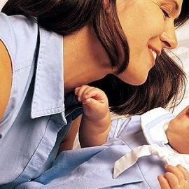 В Испании узаконят права детей от суррогатных мам