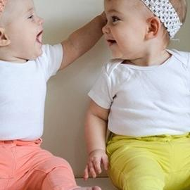 Женщинам, вынашивающим близнецов, лучше рожать до срока