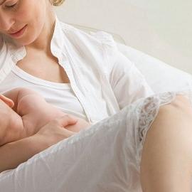 Грудное вскармливание улучшает интеллект недоношенных детей
