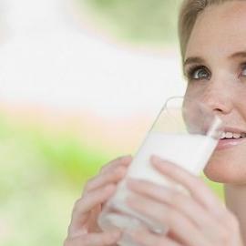 Молоко улучшает женское здоровье