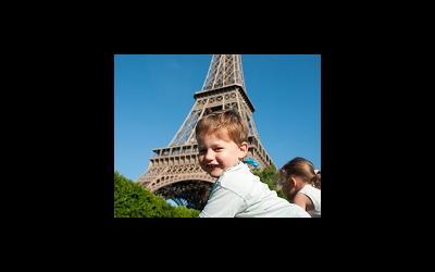 Французы дали гражданство детям, рожденным суррогатными матерями.