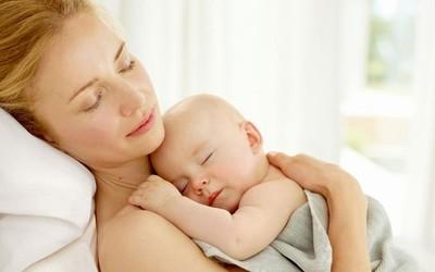 Детям из донорских яйцеклеток не хватает материнского внимания?