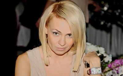 Яна Рудковская нашла суррогатную мать