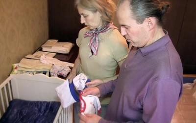 «Питерское дело»: семья забрала детей у суррогатной матери