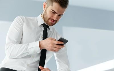 Американские врачи предупредили об опасности смартфонов