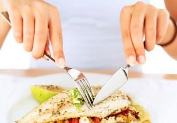 Беременным рекомендуют есть жирную рыбу