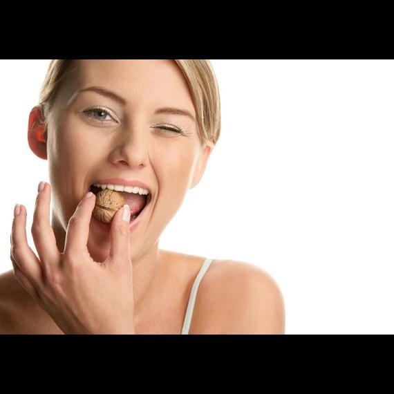 Стать мамой помогут сухофрукты и орехи